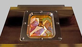 超短脉冲碟片激光器