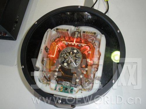 2011年俄罗斯莫斯科航展上展示的新型环形激光陀螺仪