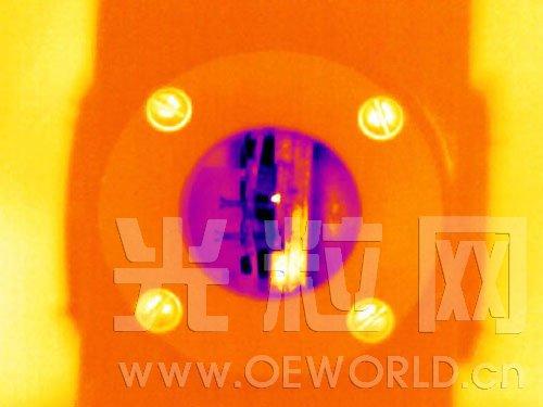 科学家研制出更高能效的量子级联激光器