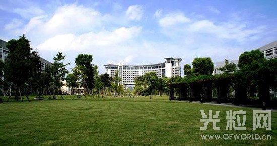 中国内地光学工程专业10强大学:浙江大学