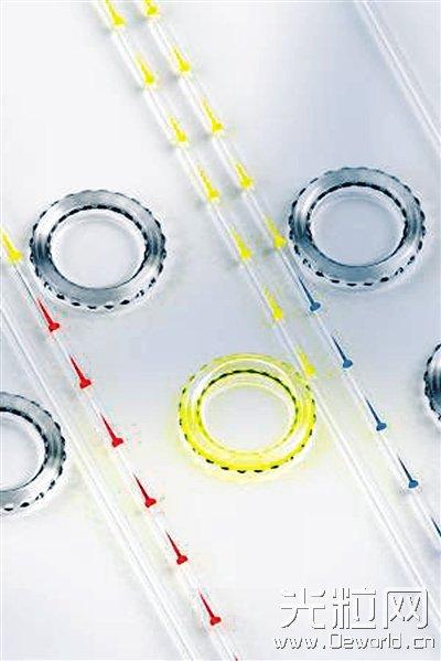 """美研究人员首次验证声波可让光纤中的光变""""听话"""""""