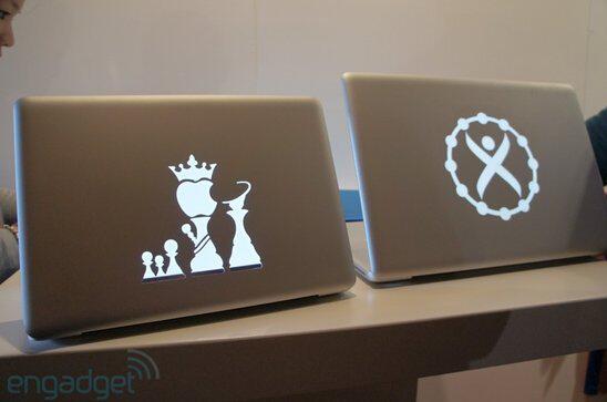 厌烦自己的MacBook和他人一样?来这里私人定制属于你的唯一