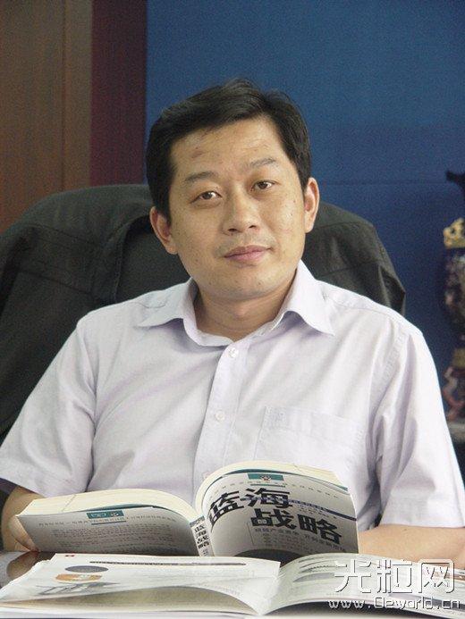 访武汉华工激光工程有限责任公司董事长兼总经理闵大勇