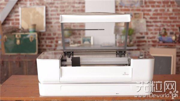 采用激光削减法:这台家用3D打印机有点不同