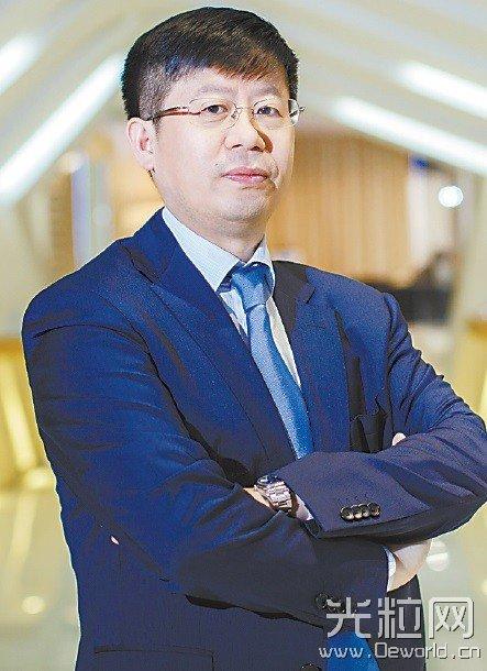 专访海信刘洪新:电视将步入100寸激光影院时代