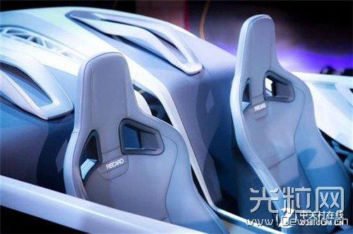 仿生式骨架设计 3D打印概念车Soulmate