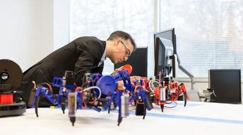 原料是玉米!西门子3D打印蜘蛛机器人