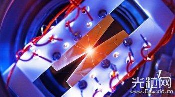 科学家开发出可激光编程的量子计算机