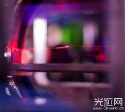镜子只能拿来臭美?这面史上最小镜子将成光学计算材料新突破