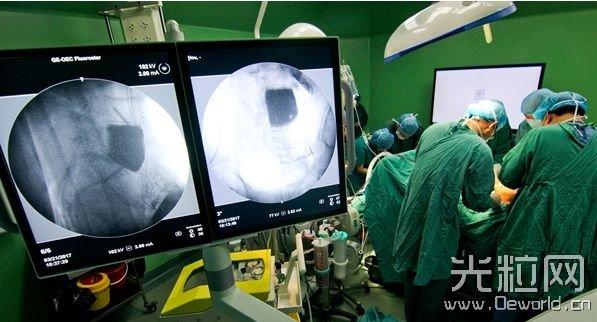 我国首次借助3D打印+AR技术做手术
