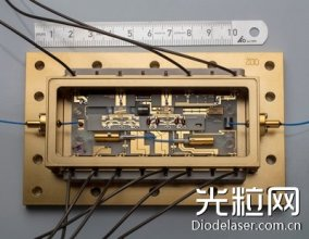 二极管激光频率参考'通过'探空火