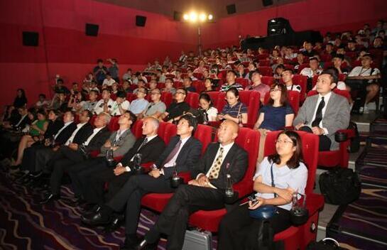 索尼在中国发布SRX-R608小型4K激光电影放映机