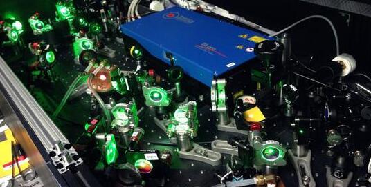 瑞士欧洲核子研究组织:反氢激光揭示反物质的新