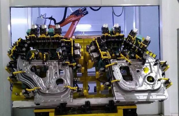 技术的再进化 浅析汽车激光飞行焊技术应用