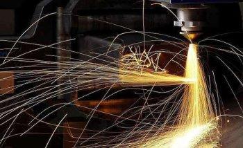 汽车用激光焊接没什么了不起!这种情况它还不