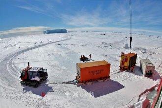 武汉科学家协助研制 我国首次在南极安装高空激