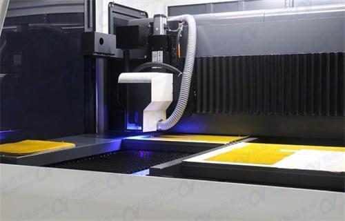 FPC双平台激光切割机有哪些功能特点