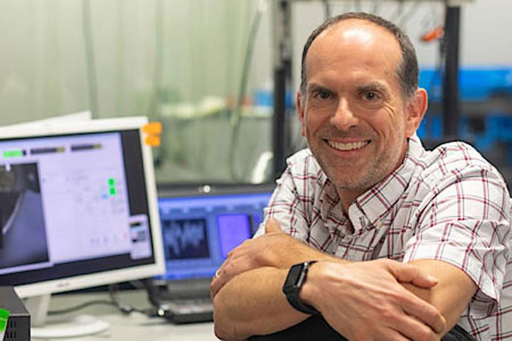 南卡罗来纳大学的创业公司在纳米光学制造业中