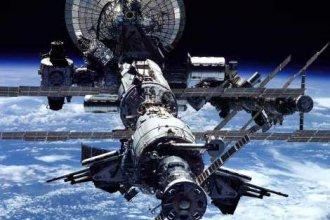 激光切割机金属模型 任你遨游外太空